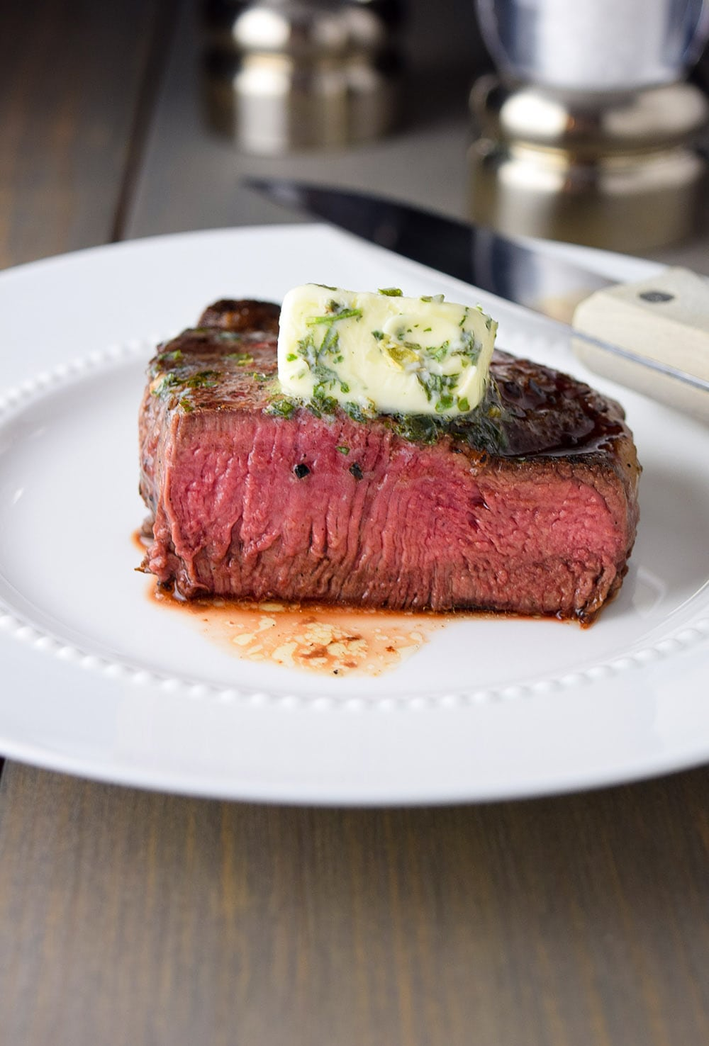 Medium rare pan-seared filet mignon recipe with garlic & herb butter