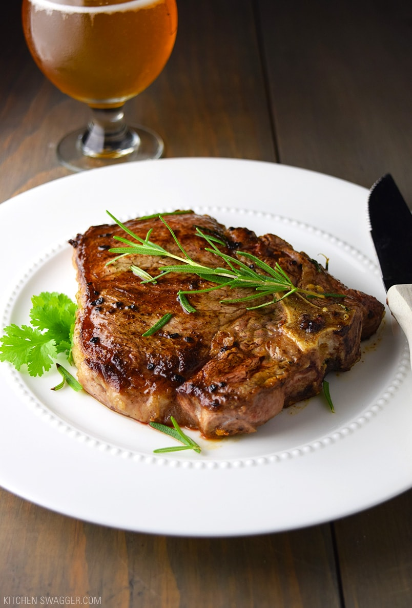 T-Bone Steak with Garlic and Rosemary Recipe
