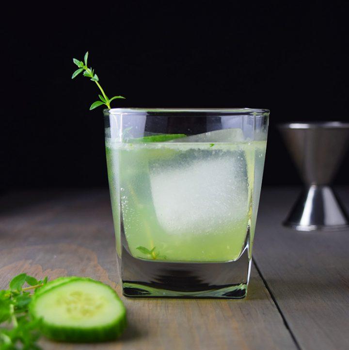 Cucumber, Gin, and Thyme Fizz Recipe
