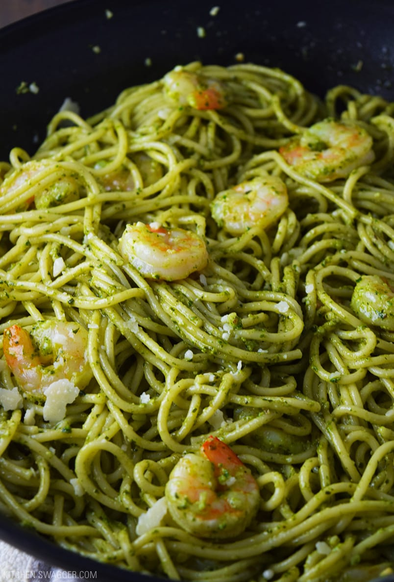 Shrimp string beans and pasta with pesto sauce recipe for Prawn and spaghetti recipe