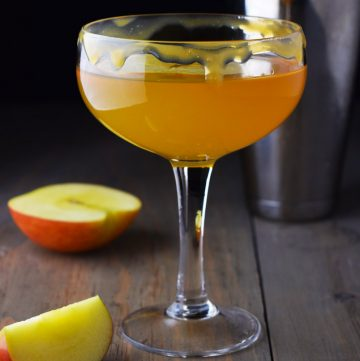 "<span class=""entry-title-primary"">Caramel Apple Martini Recipe</span> <span class=""entry-subtitle"">A simple fall inspired cocktail made with salted caramel vodka, sour apple liqueur, and apple cider.</span>"