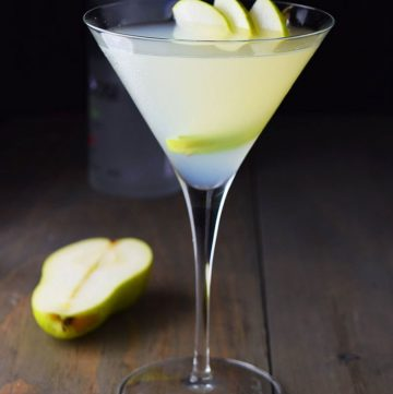 "<span class=""entry-title-primary"">Pear and Elderflower Martini Recipe</span> <span class=""entry-subtitle"">A simple and refreshing cocktail made with pear vodka, elderflower liqueur, lemon juice, and simple syrup.</span>"