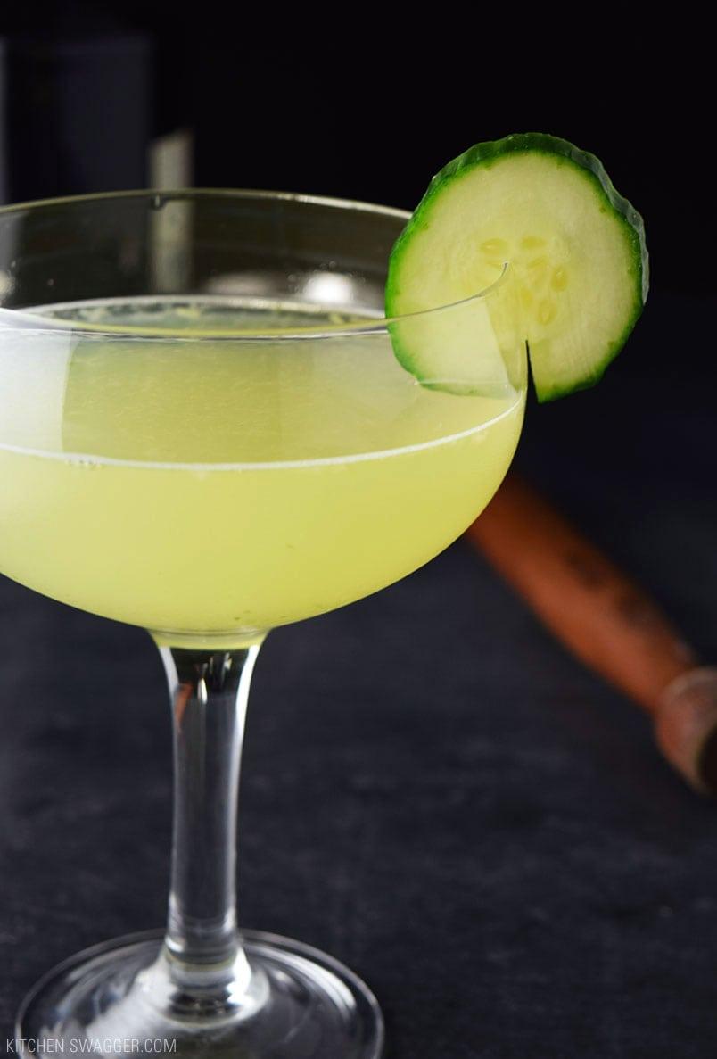 Cucumber Gin and Elderflower Martini Recipe - A refreshing cucumber martini