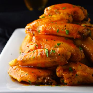 "<span class=""entry-title-primary"">Crispy Baked Honey Buffalo Wings Recipe</span> <span class=""entry-subtitle"">These wings are equal parts sweet and spicy. Made with honey and buffalo sauce and baked in the oven until crispy.</span>"