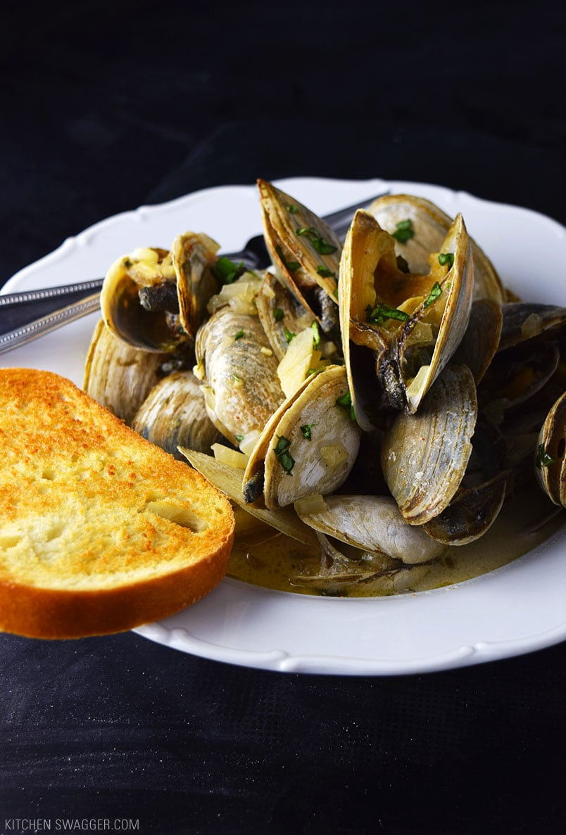 Steamed Clams in Creamy Ale Sauce Recipe