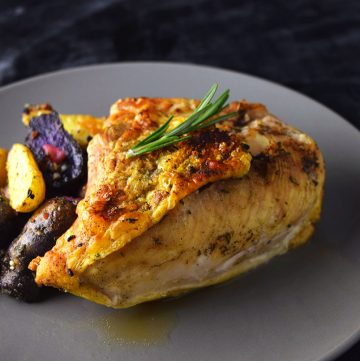 """<span class=""""entry-title-primary"""">Easy Broiled Chicken Recipe</span> <span class=""""entry-subtitle"""">Perfectly broiled chicken with a seasoned, crispy exterior.</span>"""