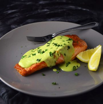 "<span class=""entry-title-primary"">Pan-Seared Salmon with Creamy Avocado Sauce</span> <span class=""entry-subtitle"">Pan-seared salmon topped with a creamy avocado and basil sauce.</span>"