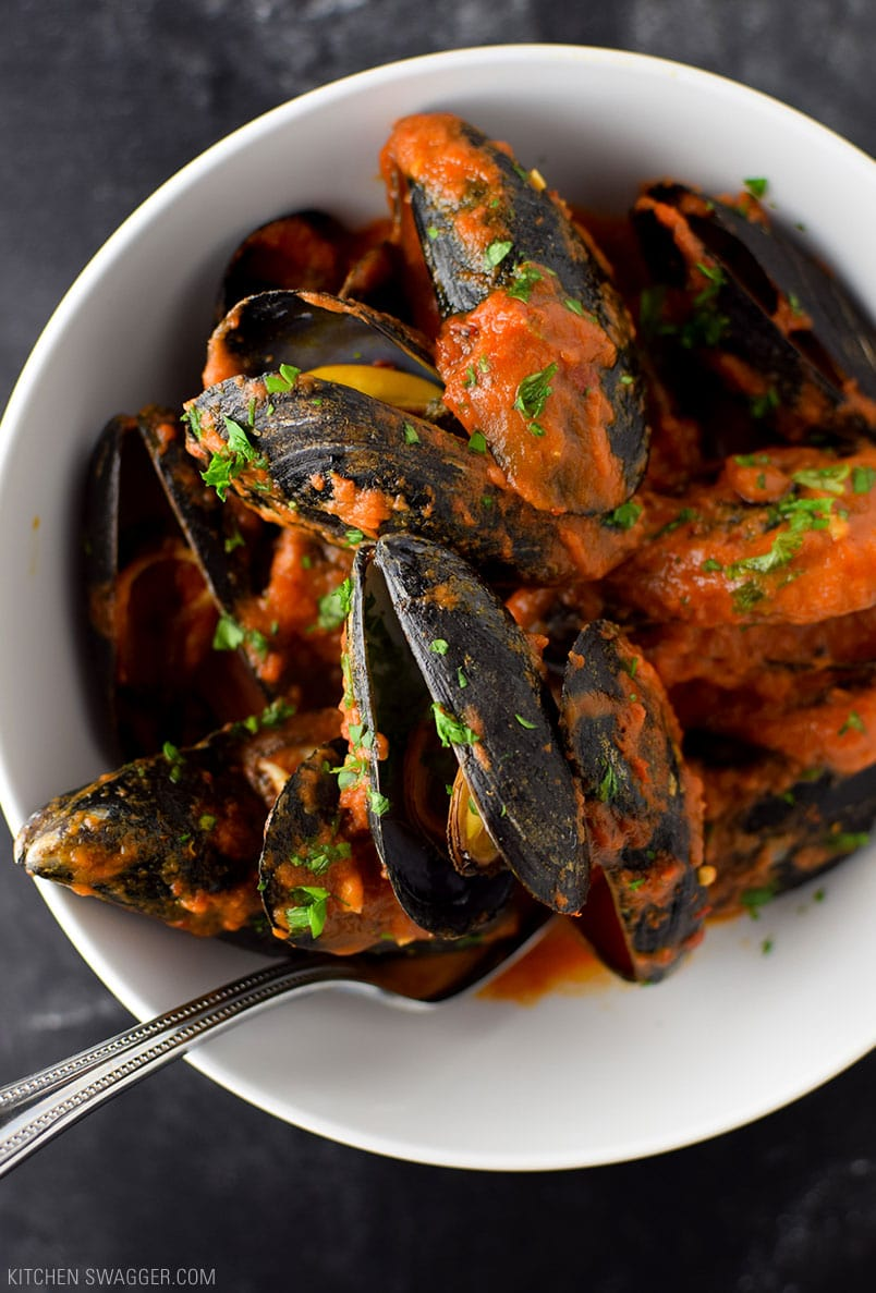 Mussels in Spicy Red Arrabbiata Sauce