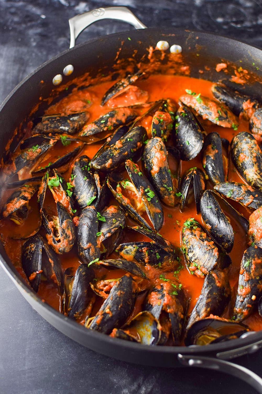 Mussels in Red Sauce Recipe