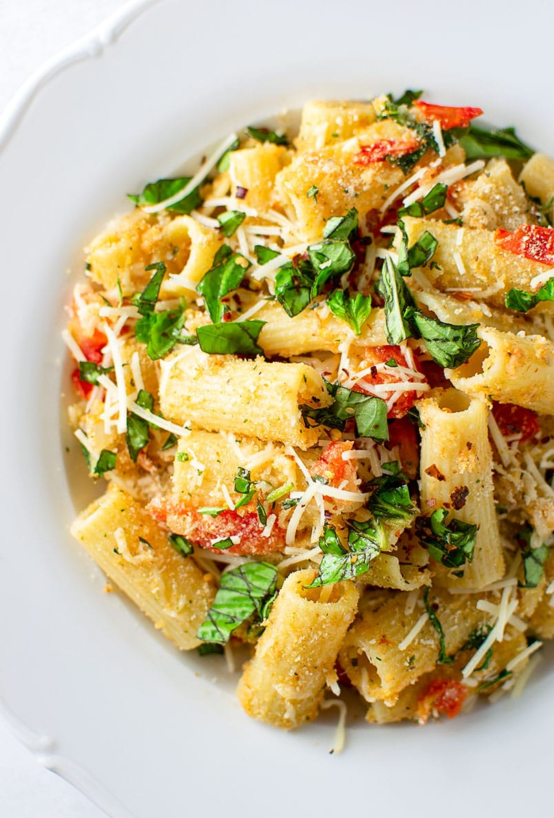 Rigatoni Pasta with Tomatoes, Breadcrumbs and Parmesan Cheese Recipe