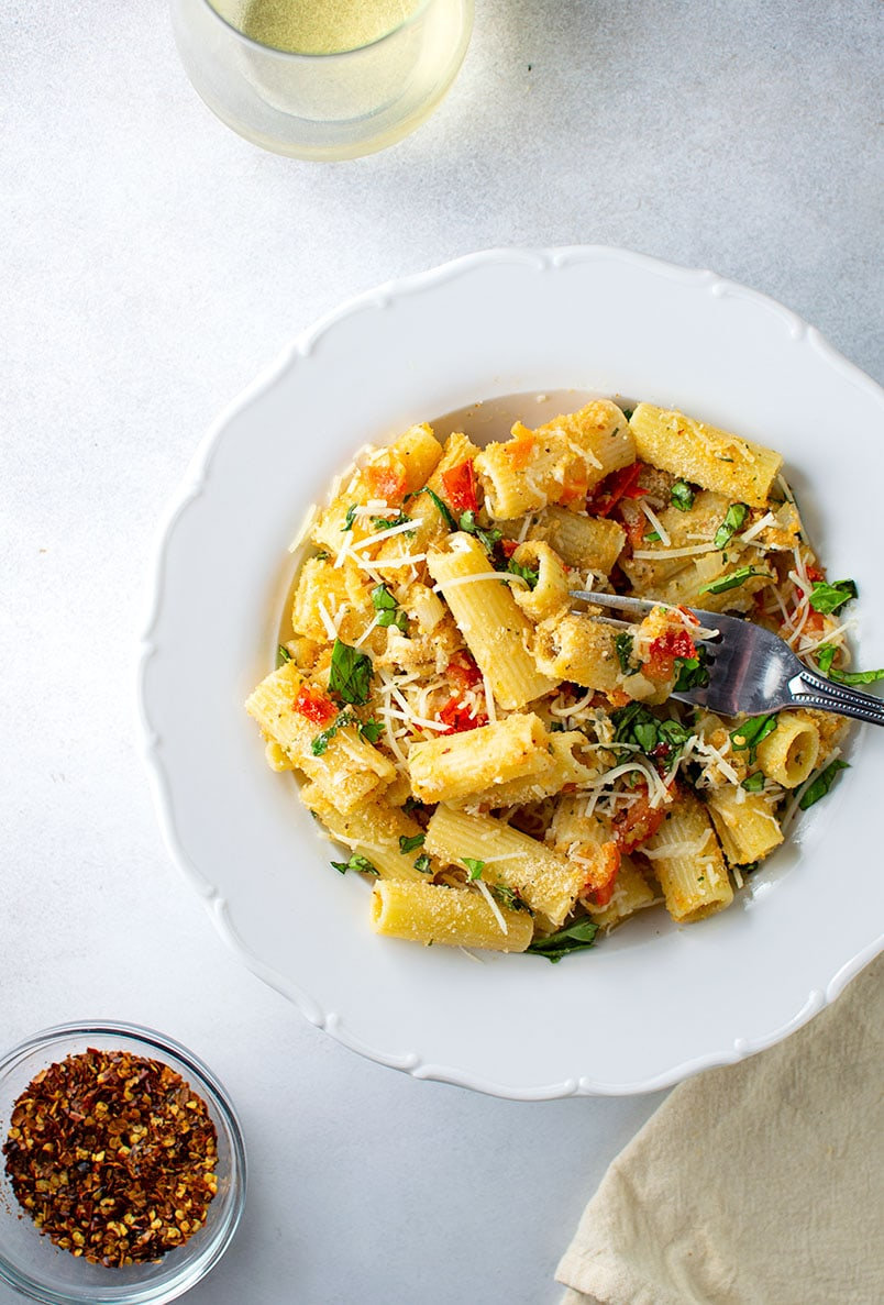 Rigatoni with Heirloom Tomatoes, Breadcrumbs and Parmesan Cheese Recipe
