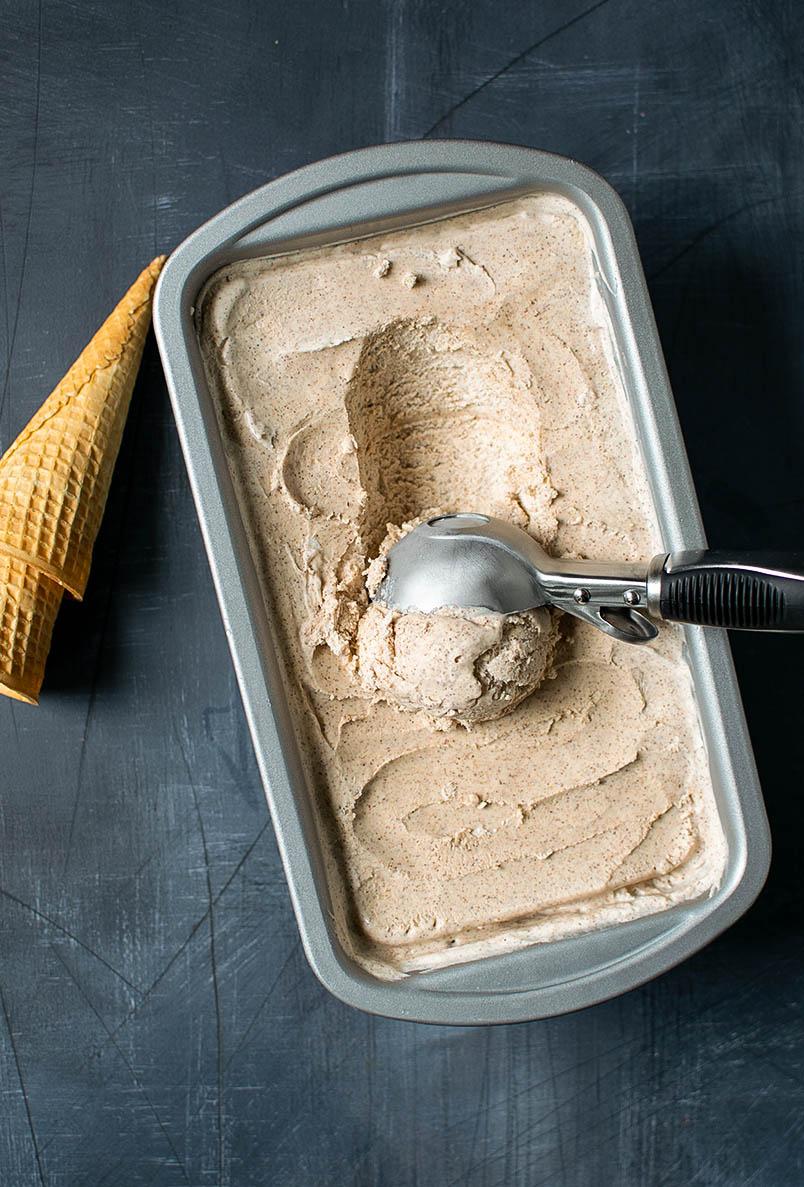 Creamy No-Churn Cinnamon Ice Cream Recipe