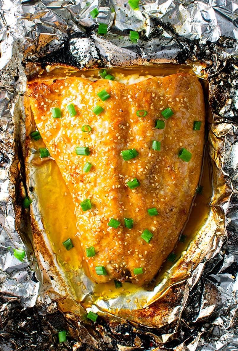 Sesame Ginger Glazed Salmon in Foil Recipe