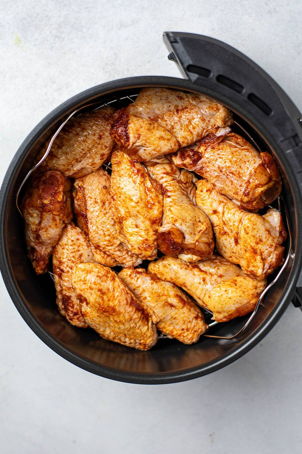 Dry Rub Air Fryer Chicken Wings